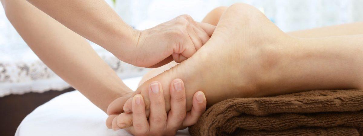 足裏反射区療法で足のマッサージ!その効果やメリットとは